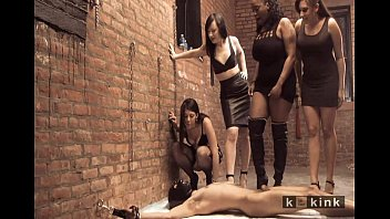 girls male in mouth their beaituful pee slaves Terribles gritos anales