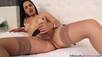 housewife solo masturbation Girl tube fucking vidio