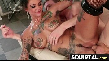 squirts she little pussy s licks until Japaneses av model forced to suck