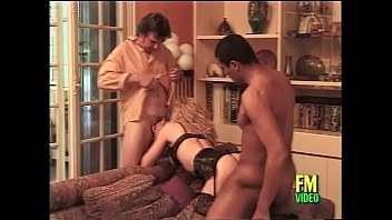 trick threesome guys into two girl Blonde babe sucking on the dick oh so well4