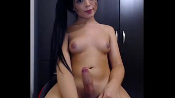 asian cute masturbating Familie immerscharf 1