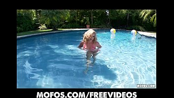 pool sunscreen blond3 oil bikini rubs Big tit baby fuck