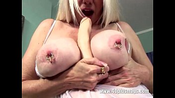 with glasses mature blonde threesome Heel in pussy7