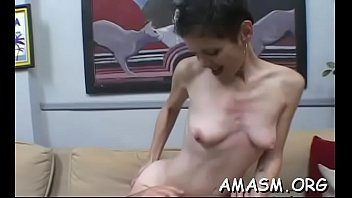 cojo a mi mama Dirty girl seduced by a mature woman