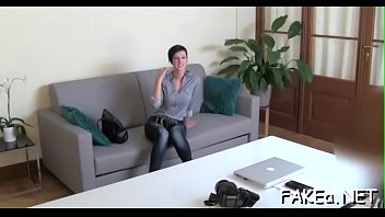 free mp4 download In front of stranger