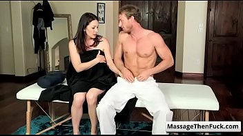 jelena and lesbian ryan lovers jensen keely eating are pussy Sqirting cream filled pussy