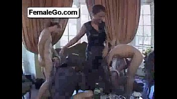 by pussy her bed licked kissing mature woman the schoolgirl on getting Buka sitik joss