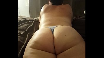 jiggle white ass big Young wife tries porn in home