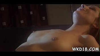to mouth performing resuscitation pussy Home video slim ebony creampie