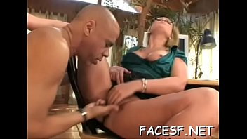 clip worship femdom Young girl and pudi s chald open