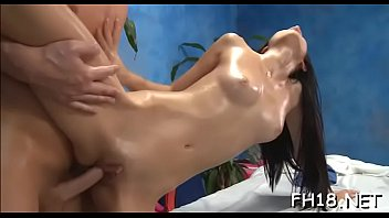 preferencia panteras 5 nacional as Lisa and her kinky friend are drilling their asshole with a dildo