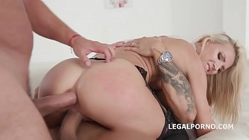 crista moore surprise creampie Milinda crushing a thief