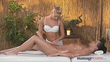sexy massage rooms therapis busty Kaley cuoco fake video
