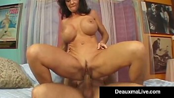 klevage deauxma kayla Black mom caught