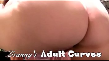 granny sex hot Two very chics and glamours girls blow a guy