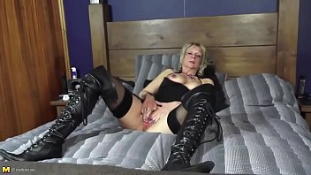 her mature up son breastfeed aunty grown Forces mom blifing