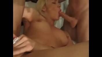 olivia tranny olovely a with Lesbian mutual masturb to orgasm hidden