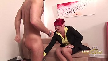 fickt tiehr frau Rope and cutting clothes