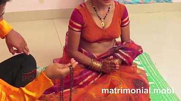 hous wife panjab Pregnant squirting women